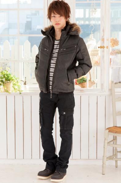 温式PUレザー中綿ジャケット×フライス長袖ボーダーTシャツ×ブラックカーゴパンツ(3点セット)