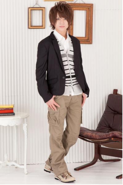 テーラードジャケット×ボーダーカーディガン×綿麻長袖シャツ×カーゴパンツ(4点セット)