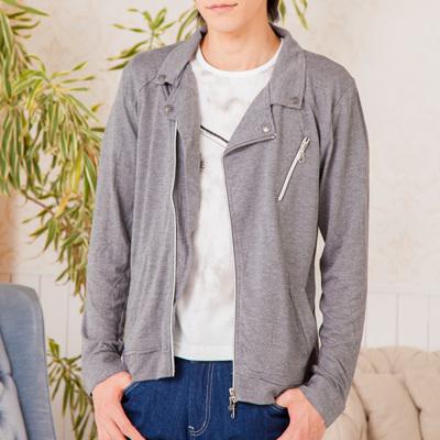 ライダースジャケット×Tシャツ
