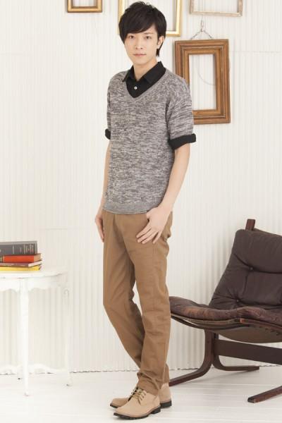ドロップショルダーニットシャツ×七分袖シャツ×ツイルチノパンツ
