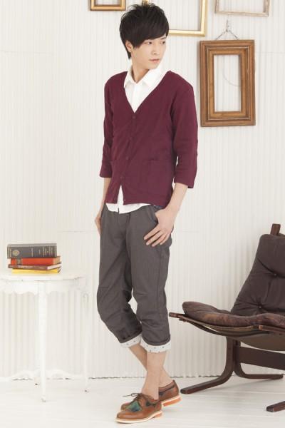 ジャガード天竺カーディガン×7分袖ブロードシャツ×ベルト付きクロップドパンツ
