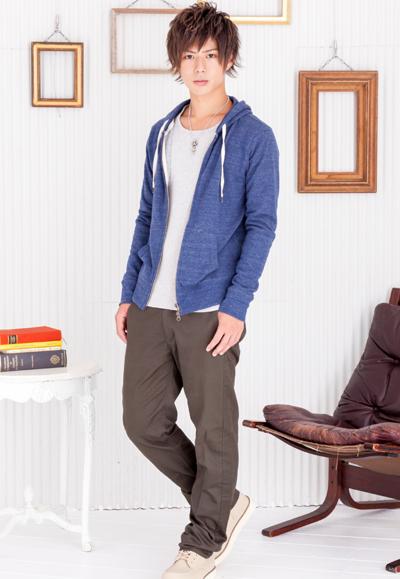 zipパーカー×フライスUネック長袖Tシャツ×ツイルチノパンツ(3点セット)
