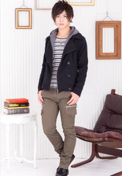 フードレイヤードPコート×長袖ボーダーTシャツ×カーゴパンツ(3点セット)