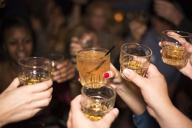 alcohol-492871_640