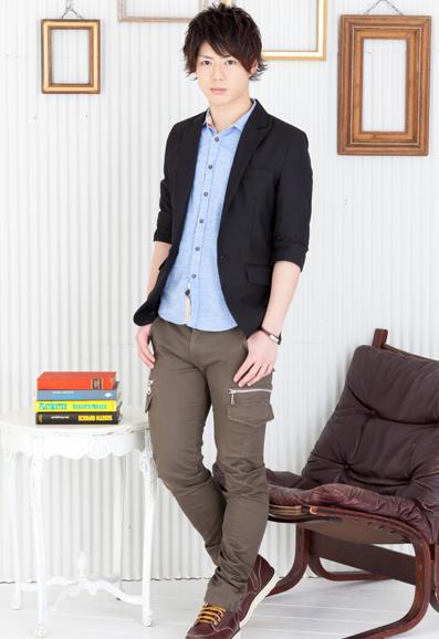 テーラードジャケット×七分袖シャツ×タイトカーゴパンツ(3点セット)
