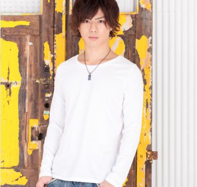 ベーシック長袖Tシャツ(ホワイト)