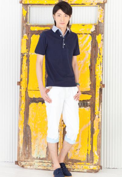 重ね襟半袖ポロシャツ×ベルト付きクロップドパンツ