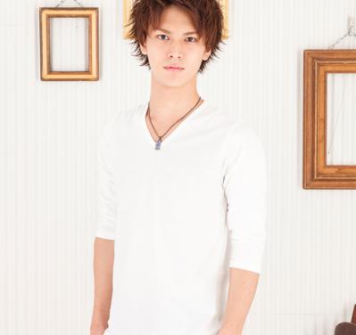 日本製Vネック七分袖カットソー(ホワイト)