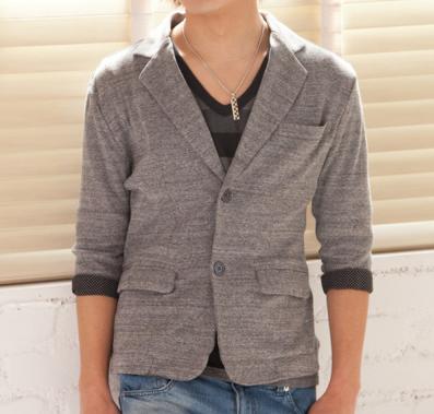 七分袖テーラードジャケット