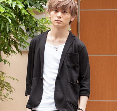 ポンチ七分袖テーラードジャケット(ブラック)