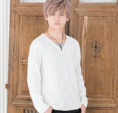 長袖Tシャツ+Vネックニットアンサンブル(2点セット)(ホワイト)
