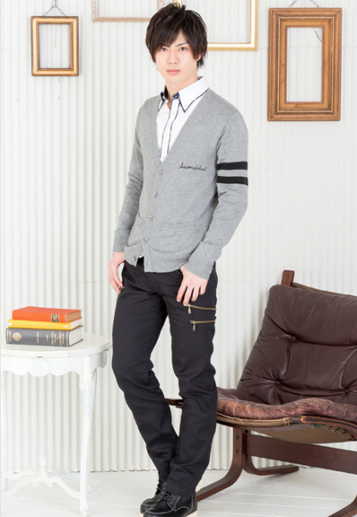 ニットカーディガン×長袖シャツ×半袖T×チノパンツ(4点セット)