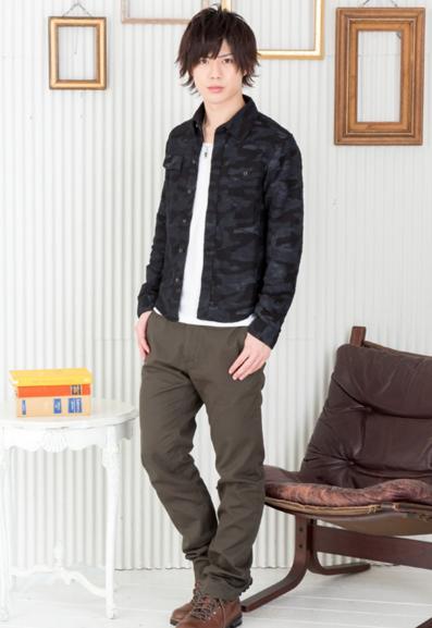 カモフラ柄シャツ×長袖T×チノパン(3点セット)