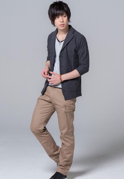 七分袖テーラードジャケット×半袖レイヤードT×3ジップチノパンツ